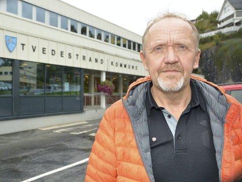 Ny Skolestruktur: Varaordfører Vidar Engh synes det er merkelig av Tvedestrand kommune å ansette en rektor ved Dypvåg skole når skolen trolig legges ned om to og et halvt år. Arkivfoto