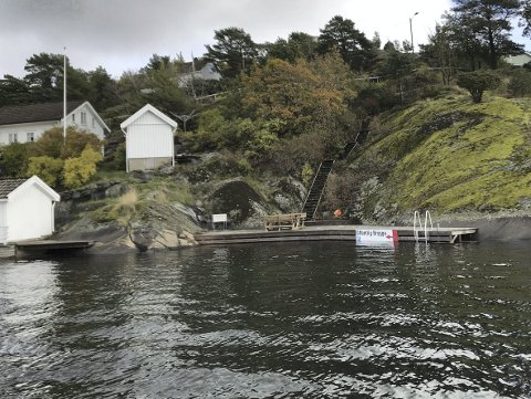 Ringen på Borøy: Tirsdag avgjorde kommunestyret hva som skal skje med denne ulovlig bygde brygga. Saken kan få et rettslig etterspill.Arkivfoto