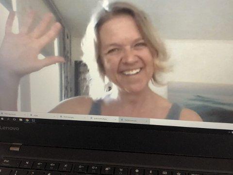 Positiv erfaring: Fysioterapeut Siri Aass hjelper sine pasienter med videokonsultasjoner under korona-pausen. Slik ser det ut når hun dukker opp på skjermen din. Foto: Anne Dehli