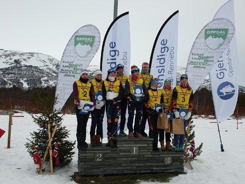 STAFETTPALLEN: Oslo/Akershus lag med Lisa lengst til venstre. Buskerud vant, mens Nord-Østerdals 2. lag ble nummer tre.