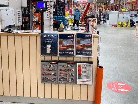 Produktet Saphe markedsføres i hyllene hos Bauhaus.