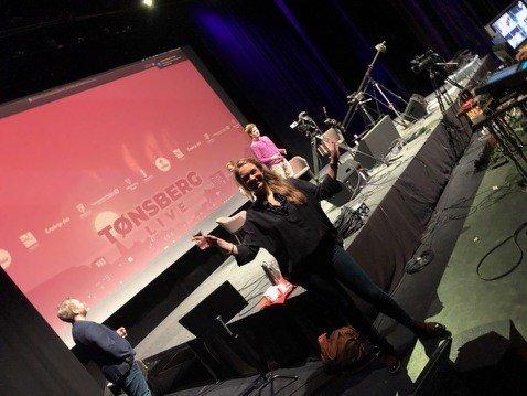 HEDER TIL NÆRINGSLIVET: Under Tønsberg Live-sendingen torsdag fortalte Marie Kobro Hanche-Olsen (bildet) at Gründerhuset Hi5 skal dele ut korona-pris til en kreativ bedrift i Vestfold.