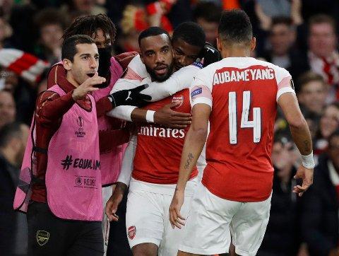 Arsenal's Alexandre Lacazette scoret to av Arsenals mål i forrige torsdags første semifinale mot Valencia. (AP Photo/Kirsty Wigglesworth)
