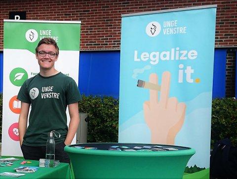 Unge Venstres fylkeslagsleder Timo Nikolaisen skjønner ikke hvorfor kampanjen «Legalize it» får motstand andre steder i landet.