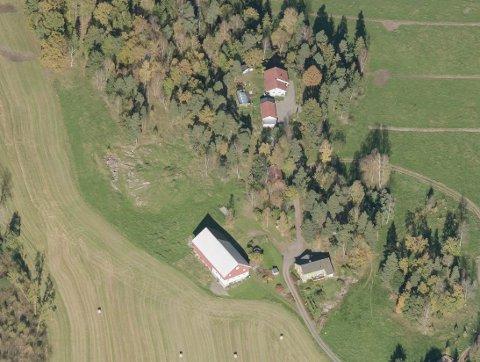 NAVNET: På alle kart og i alle registre står gården på Skoppum oppført som «Skaug». Likevel har Kartverket bedt kommunen om en høring.