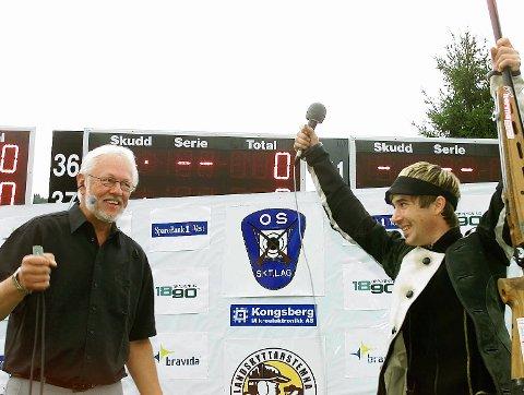 Purung vinner: Kristoffer Sannvoll ble tidenes yngste skytterkonge da han gikk til topps på Os i 2002. Her med NRKs Kjell Kristian Rike etter seieren. FOTO: OLE-JOHNNY MYHRVOLD