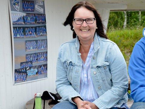 Randi Skuland fra Hadeland er også leder i det lokale idrettslaget. Nå blir hun direktør i Moelv.
