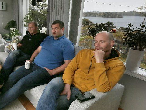 UENIGE: Roy Atle Simonsen og broren Lars Arne Simonsen er to av grunneierne som har begitt seg ut i strid med havnestyret. Faren Kjell Simonsen eier også eiendom helt ned til sjøen i opplagsområdet.