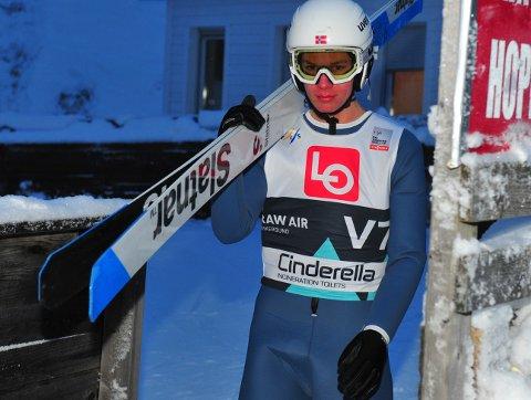 SATSER: Ole Kristian Baarset fikk ikke tatt ut potensialet i sin siste sesong på juniornivå. Nå handler det om å bli en best mulig seniorhopper. Foto: Svein Halvor Moe