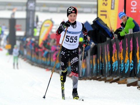 FORT: Marcus Enes-Seberg gikk inn til en knallsterk sjetteplass i Ungdommens Holmenkollrenn.
