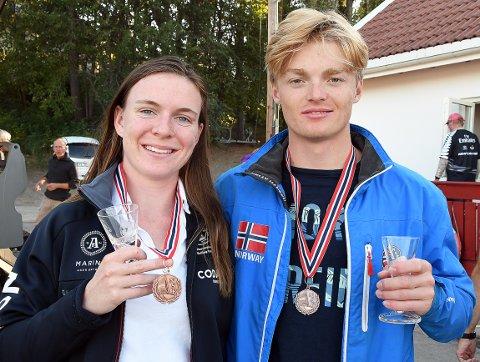 NM-BRONSE: Caroline Rosmo og Fredrik Andresen seilte i helgen inn til NM-bronse på hjemmebane.