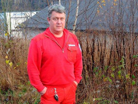 Reagerer: Øyvind Amundsen og ambulansetjenesten i hele fylket reagerer kraftig på at ingen har informert dem om at Hovet- og Brattåstunnelen blir nattestengt fra neste uke og fram til september. De kaller det ikke holdbart.