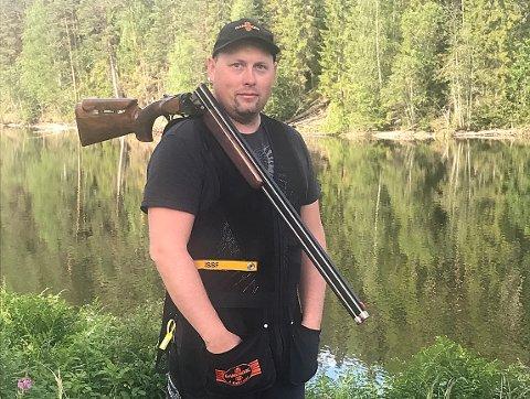 STERKT: Knut Ivar Larsen klarte 15. plass i jegertrap-NM og slo med det nær 500 konkurrenter.