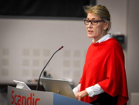 Administrerende direktør i Helgelandssykehuset, Hulda Gunnlaugsdottir, har levert sin innstilling for framtidas sykehusstruktur på Helgeland. Det fikk ikke støtte fra styret i Helgelandssykehuset, som dermed har sagt sitt. Nå er det fylkestingets tur til å ta stilling.