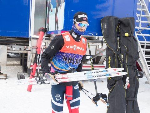 NUMMER SEKS: Hans Christer Holund preget femmila i Holmenkollen underveis, men klarte ikke spurte om seieren. Foto: Terje Pedersen / NTB scanpix