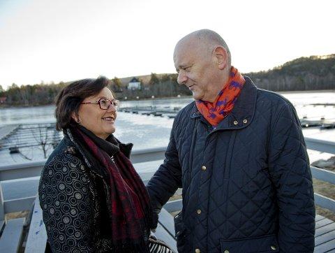 BLOMSTRER: Kjærligheten mellom Geir Tveit og Eva Høili blomstrer som aldri før, spesielt nå som Geir er erklært frisk av legene.Foto: Henning Jønholdt