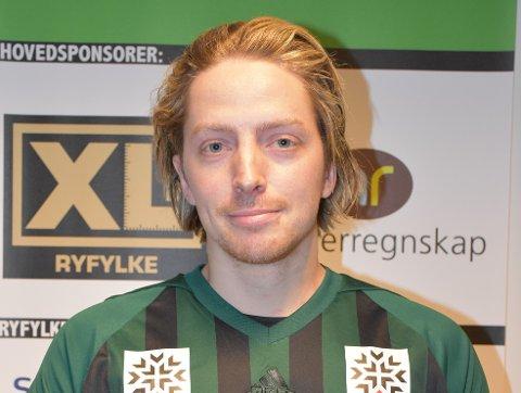 TOBARNSPAPPA: Lars Edvard Danielsen har som mål å kvitte seg med pappakroppen denne sesongen.