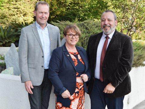 Ekspanderer. Fra venstre: Hallgeir Ringstad, Senior Consultant, Janne T. Morstøl, CEO og Francisco Arellano, System Architect i Chile.