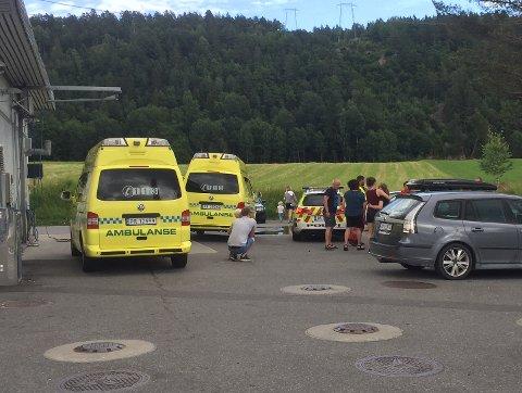 Politi og ambulanse rykket ut til Fianesvingen onsdag.