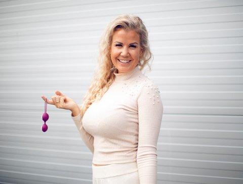 Maria K. Ebbestad har fått kallenavnet «sex-ekspert-Maria». Med lang erfaring fra sexleketøybransjen og en utdannelse som sexolog, er det kanskje ikke så rart.