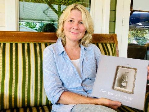 Nesoddfotografen Kirsten Randers-Pehrson har gitt seg i kast med den såkalt usynlige alderen.