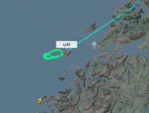 I SIRKLER: Flyet gikk i minst sju ovale sirkler før det landet på Bodø lufthavn.