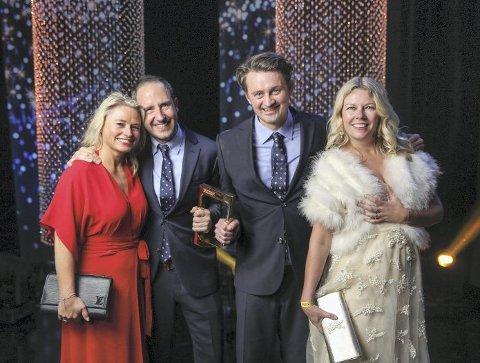Thomas Numme og Harald Rønneberg mottok «Hedersprisen» fra statsminister, Erna Solberg.