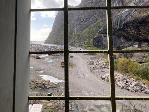 TURISTATTRAKSJONAR I FLENG: Jøssingfjord Vitenmuseum vil auka Jøssingfjord sin attraksjonsverdi for turistane. Alt i dag er det rundt 30.000 som besøkjer Jøssingfjord om sommaren, blant anna for å sjå husa under Helleren.
