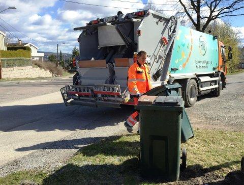 ENDRER SOMMERTØMMINGEN: Fra i år kan du velge om du vil ha søppelet tømt hver uke eller ikke i sommermånedene. Mot eventuell betaling.