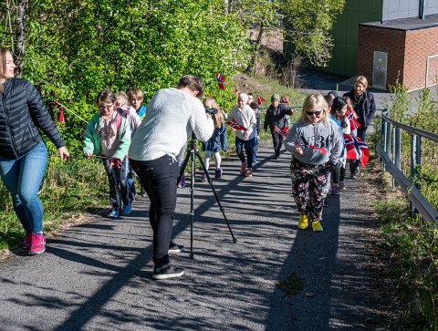 DIGITAL 17. MAI: Årets 17. mai blir filmet av Drammen kommune. Forberedelsene til den ni timers lange direktesendingen startet tirsdag.