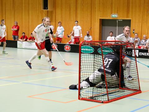 Fikk poeng: Jørgen Sjolte (nummer 10) og Fredrikstad tok poeng mot Sveiva (arkivfoto: Ida Christin Foss)