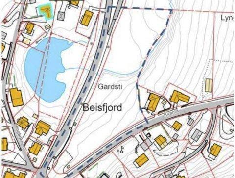 Tommelen opp: Området innenfor det blå stiplede området vil trolig kunne omreguleres. Det er anbefalingen fra komité for plan og næring i Narvik kommune.