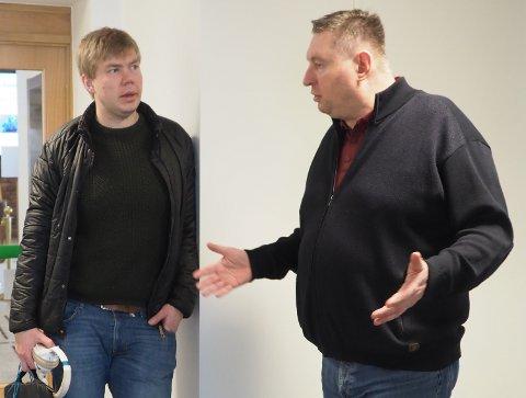 ENIGE: Vegard Johan Lind-Jæger og ordfører Rune Edvardsen ble mandag enige om at førstnevnte mens det er en situasjon med koronaviruset Covid-19 skal prioritere arbeidet som sykepleier.