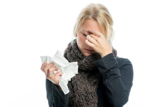 FORKJØLELSE: Er du vaksinert mot influensa, vil du likevel kunne få forkjølelse, advarer kommunelegen.