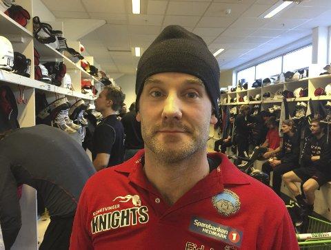TROEN: Knights trener Anders Angelbrant har fortsatt troen på at ridderne hans skal vinne sine siste kamper og beholde plassen i årets GET-liga. Første oppgave er Comet hjemme torsdag klokken 18.30.