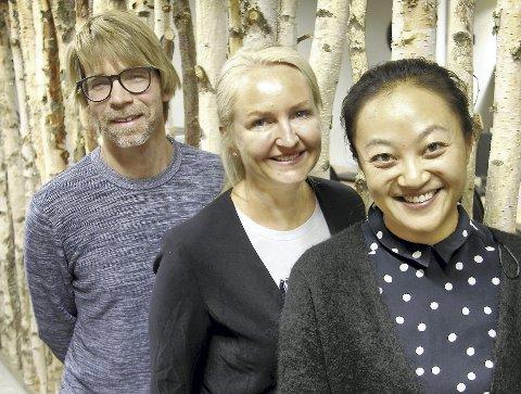 TRE OM TRE: Lars Gillund, Kjersti Wangen og Heidi Herredsvela i Klosser Innovasjon er tre av dem som står bak seminaret om «Skogen inn i fremtiden».FOTO: SIGMUND FOSSEN