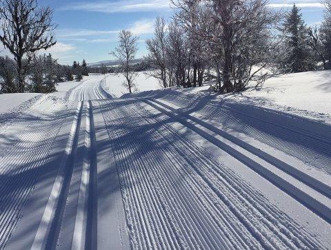 Konflikt: Bilveg eller skiløype vinterstid? Konflikten på Mysuseter er klassisk.Illustrasjonsfoto