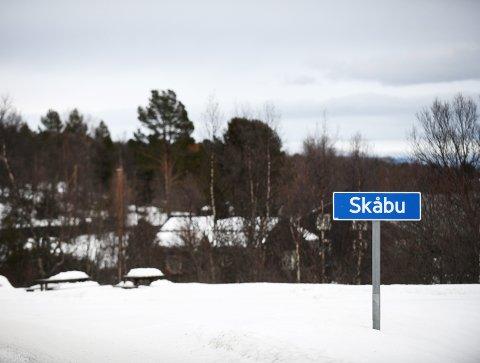Splittet: Splittelsen mange opplever i Skåbu, er langt mer ødeleggende en selve skolesaken.Foto: Einar Almehagen