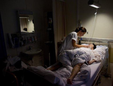 Antall tilgjengelige og relevante studieplasser i praksis av god kvalitet i helsetjenestene  begrenser  hvor mange studenter NTNU kan ta opp.