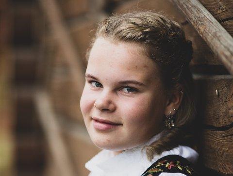 OMKOM: Det var 16 år gamle Kari Krogstad som omkom i traktorulykken i Skjåk forrige uke.