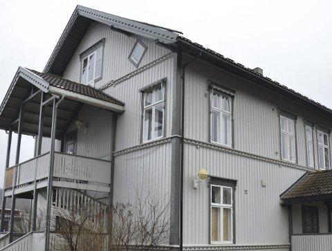 LEILIGHETER: Øivind Ludvigsen leier ut de to første av i alt seks planlagte utleieleiligheter i Apotekgården.