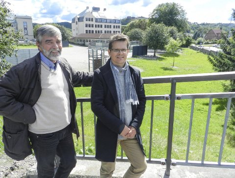 GLEDER SEG: Sivilarkitekt Jon Tore Grimsrud (til venstre) og arealplanlegger Jon Rongen ved SG Arkitekter. Foto: Steinar Omar Østli