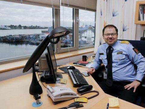 God løsning: Det viktigste for politimester Steinar Langholm er at politidistriktet ikke blir delt. At det blir fusjon var som ventet. Foto: Alfred Aase