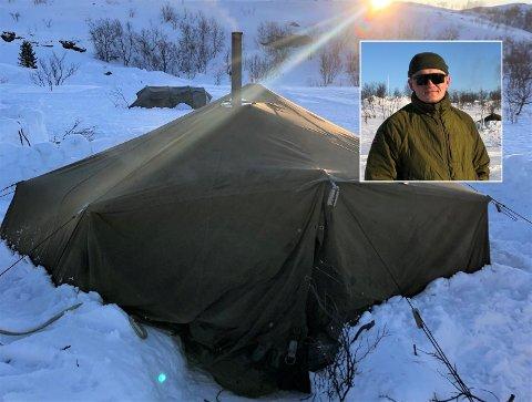 TELT-TILVÆRELSE: Det blir telt-tilværelse på Vegard Lode på ubestemt tid.