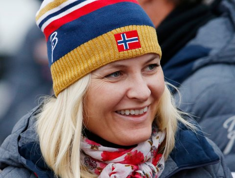 SKAL HA SKADET SEG: Kronprinsesse Mette-Marit skal ifølge Se og Hør ha skadet seg i skibakken i Uvdal like før jul.