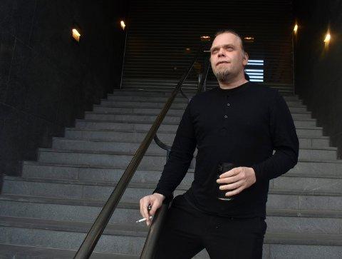 MUSIKER: Med både platekontrakt og sponsormidler gleder Jan Thore Grefstad fra Kongsberg seg til å fortsettelsen med bandet Kaasin.