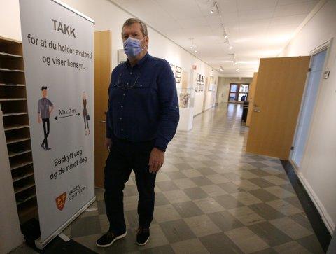 Et munnbind-påbud vil tidligst gjelde fra mandag neste uke. Inntil da anbefales de på det sterkeste av ordfører Tom Andres Ludvigsen og Vestby kommune.