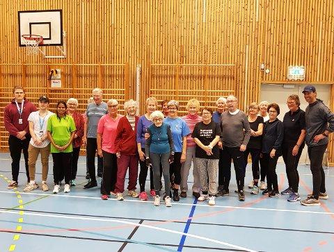 SPREKE: Spreke seniorer på treningsøkt med Yngvar Andersen. Foto: Privat