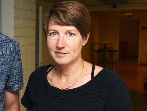 BEKLAGER: Rådmann Esther Gilen forteller at Nordre Land kommune har gjort en grov feil ved at de gjorde personnummer til 744 personer tilgjengelig for 303 hytteeiere.