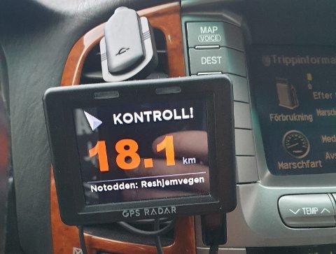 VARSLING: En av Drammens Tidendes lesere la ut dette bildet under en artikkel om UPs økte kontrollvirksomhet, med kommentaren «Ingen problemer. Kjenner lukta på tre mil».